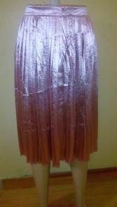 Light peach pleated skirt. NGN 7,500.