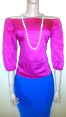 Pink off shoulder 3 qts top. NGN 5,500