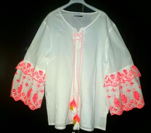 Free white top with pink lace bell sleeves. NGN 7000 SOLD OUT