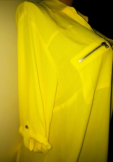 The yellow 3 qts foldable sleeves SOLD OUT