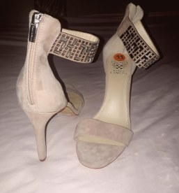 Vince Camuto nude sandals. NGN 15 000