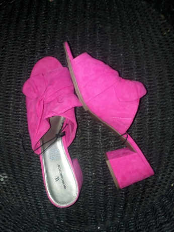 Liz Clairborne Fuschia pink suede slippers. NGN 12,500