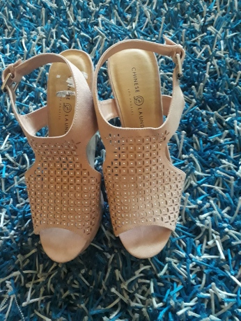 Nude wedges by Chinese Laundry. NGN 14 000SOLD OUT