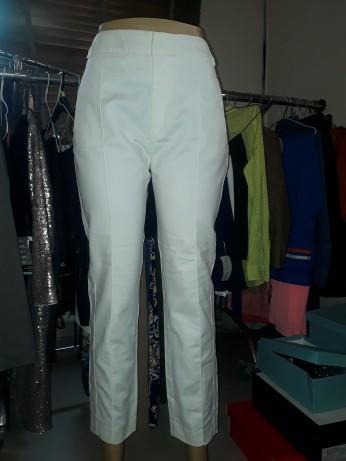 Zara white pants. NGN 8500
